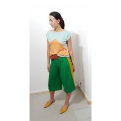 Iza Fabian, Designer Shirt in Mandarin und Mint, locker.