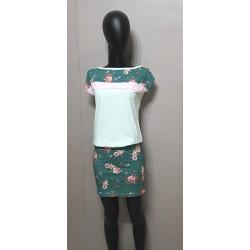 Kleid in Pistazie, geblümte...