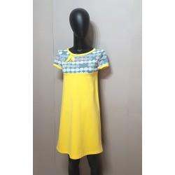 Kleid in gelb, Bunte...