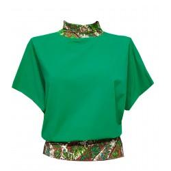 Lockeres, grünes Shirt mit...