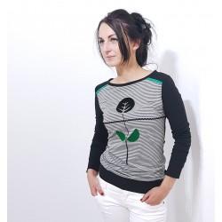 Damen Pullover mit gestreiften Front, Retro Blume von Iza Fabian.