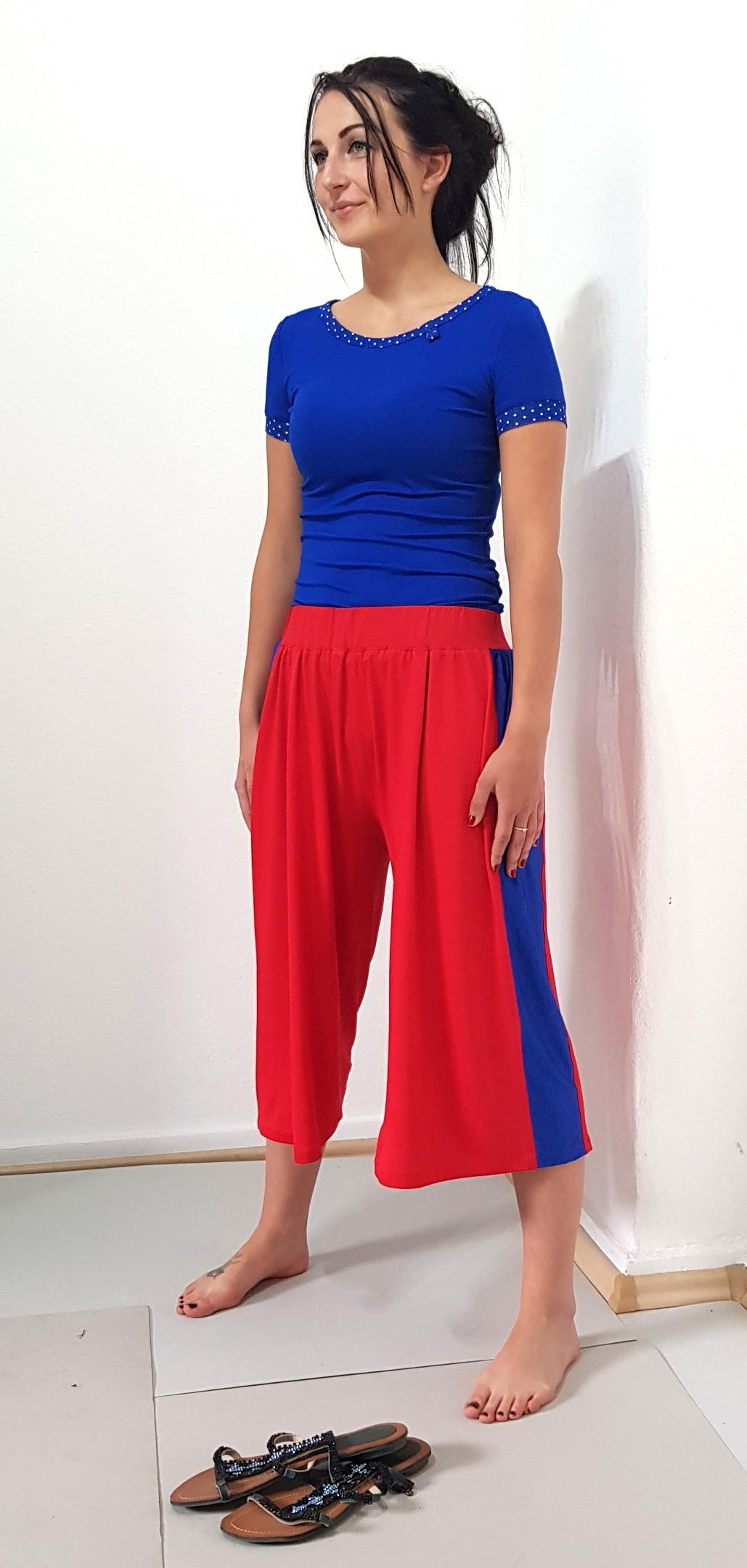 Unsere Model ist 168 cm. Groß, trägt Kleidergröße 36.....Our model is 168 cm. Large, wears a size 36.